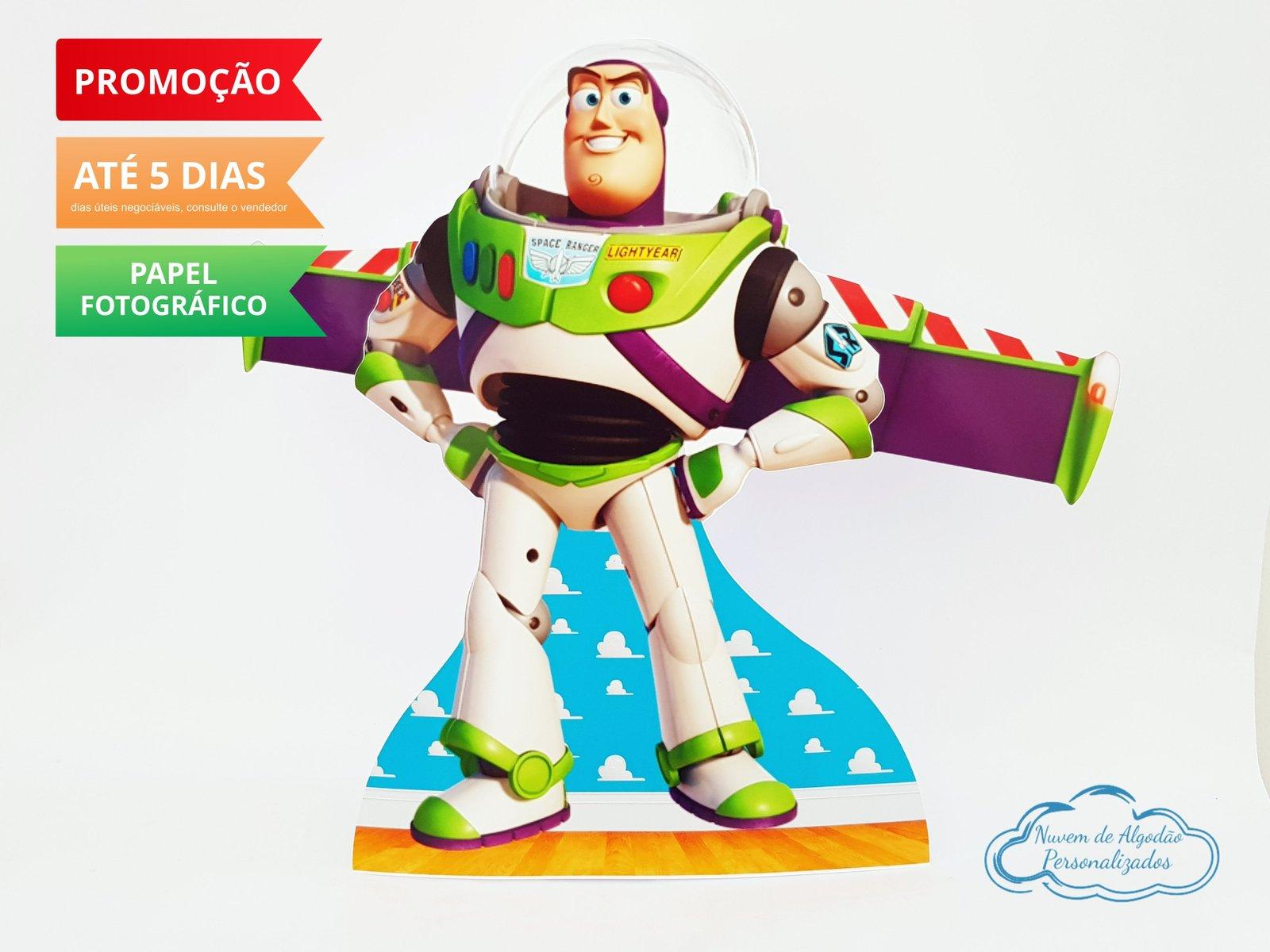Display de mesa Toy Story 27cm - Buzz Lightyear-Display de mesa Toy Story até 27cm - Buzz Lightyear Largura varia de acordo com a imagem.  - Pos
