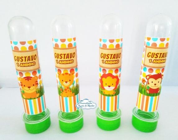 Adesivo de tubete Safari-Adesivo de tubete Safari  Fazemos em qualquer tema. Envie nome e idade para personalização e da