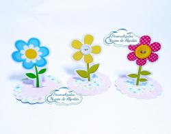 Aplique 3d de latinha 5x5 Jardim encantado - Flores-Aplique 3d de latinha 5x5 Jardim encantado - Flores  Fazemos em qualquer tema. Envie nome e idade