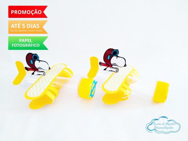 Aplique de tubete avião Snoopy-Aplique de tubete avião Snoopy   Fazemos em qualquer tema. Envie nome e idade para personalizaç