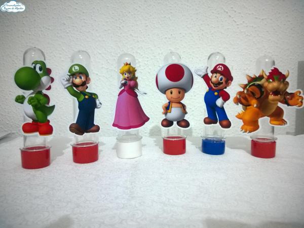 Aplique de tubete Super Mario Bros-Aplique de tubete Super Mario Bros  Fazemos em qualquer tema. Envie nome e idade para personaliza