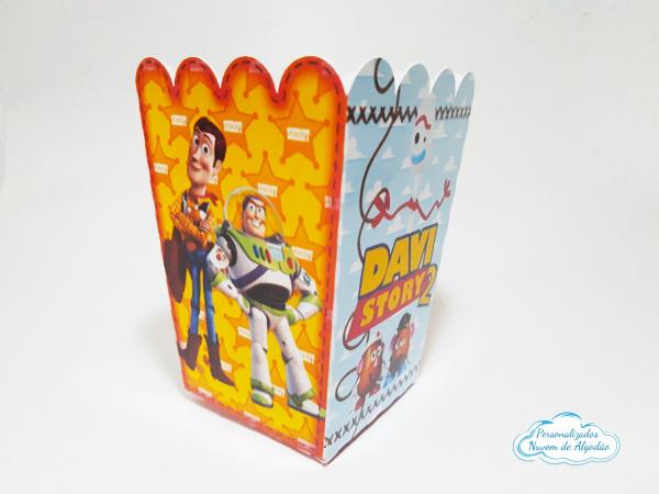 Cachepô P Toy Story woody e buzz-Cachepô P Toy Story woody e buzz Consulte-nos para outros tamanhos. Fazemos em qualquer tema. En