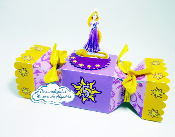 Caixa bala inteira Rapunzel - Enrolados-Caixa bala inteira Rapunzel - Enrolados  Fazemos todos os temas e cores.  Na hora do seu pedido