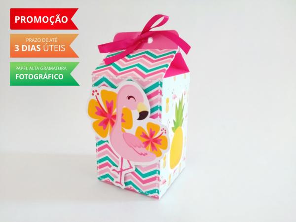 Caixa milk Flamingo e Abacaxi-Caixa milk Flamingo e Abacaxi Fazemos em qualquer tema. Envie nome e idade para personalização.