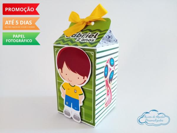 Caixa milk Futebol-Caixa milk Futebol Fazemos em qualquer tema. Envie nome e idade para personalização.  - Produt