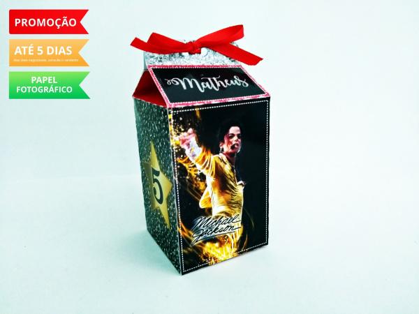 Caixa milk Michael Jackson-Caixa milk Michael Jackson Fazemos em qualquer tema. Envie nome e idade para personalização.