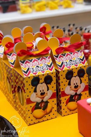 Caixa milk Mickey Orelhinha-Caixa milk Mickey Orelhinha  Fazemos em qualquer tema. Envie nome e idade para personalização.
