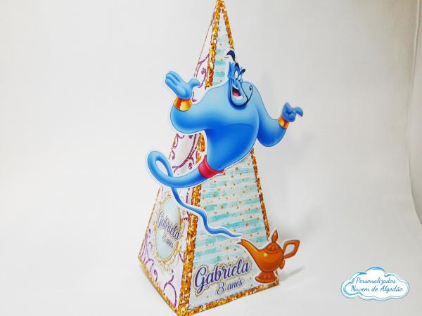 Caixa pirâmide Aladdin-Caixa pirâmide Aladdin com aplique. Fazemos em qualquer tema. Envie nome e idade para personaliza