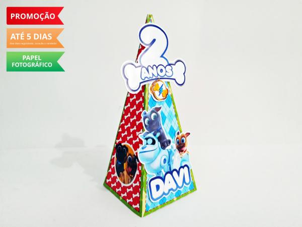 Caixa pirâmide Bingo e Rolly-Caixa pirâmide Bingo e Rolly com aplique. Fazemos em qualquer tema. Envie nome e idade para perso