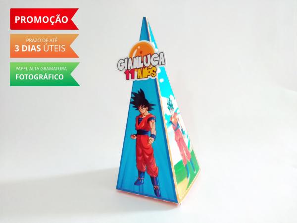 Caixa pirâmide Dragon Ball Azul-Caixa pirâmide Dragon Ball Azul com aplique. Fazemos em qualquer tema. Envie nome e idade para pe