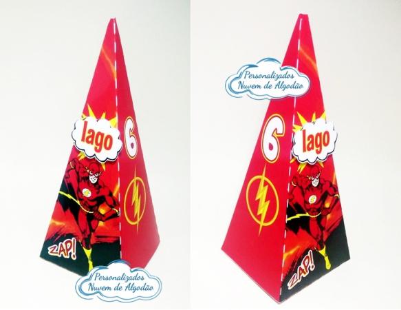 Caixa pirâmide Flash-Caixa pirâmide Flash com aplique. Fazemos em qualquer tema. Envie nome e idade para personalizaç