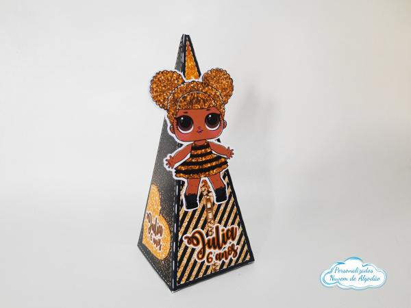 Caixa pirâmide Lol surprise - Queen Bee-Caixa pirâmide Lol surprise - Queen Bee  Fazemos em qualquer tema. Envie nome e idade para perso