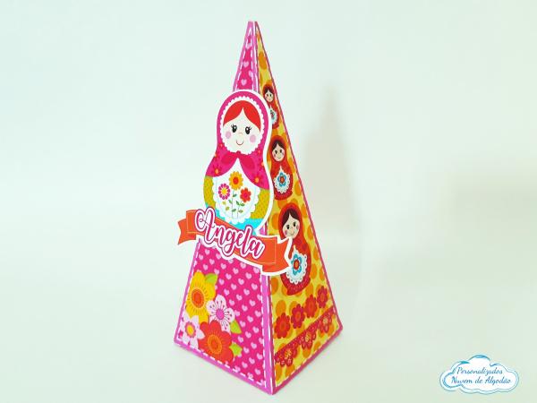 Caixa pirâmide Matrioska-Caixa pirâmide Matrioska  Fazemos em qualquer tema. Envie nome e idade para personalização.