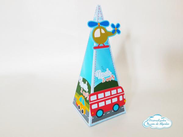 Caixa pirâmide Meios de transporte-Caixa pirâmide Meios de transporte com aplique. Fazemos em qualquer tema. Envie nome e idade para
