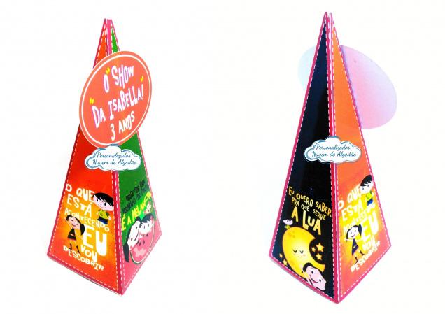 Caixa pirâmide Show da luna - Lua-Caixa pirâmide Show da luna com aplique  - Lua Fazemos em qualquer tema. Envie nome e idade para