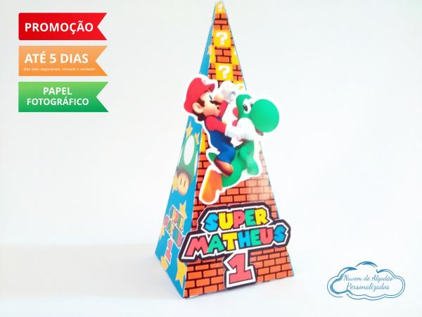Caixa pirâmide Super Mario-Caixa pirâmide Super Mario com aplique. Fazemos em qualquer tema. Envie nome e idade para persona