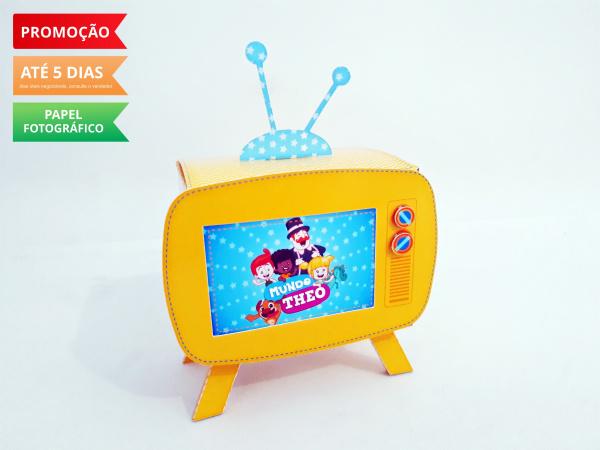Caixa televisão vintage Mundo Bita-Caixa televisão vintage Mundo Bita  Fazemos em qualquer tema. Envie nome e idade para personaliz