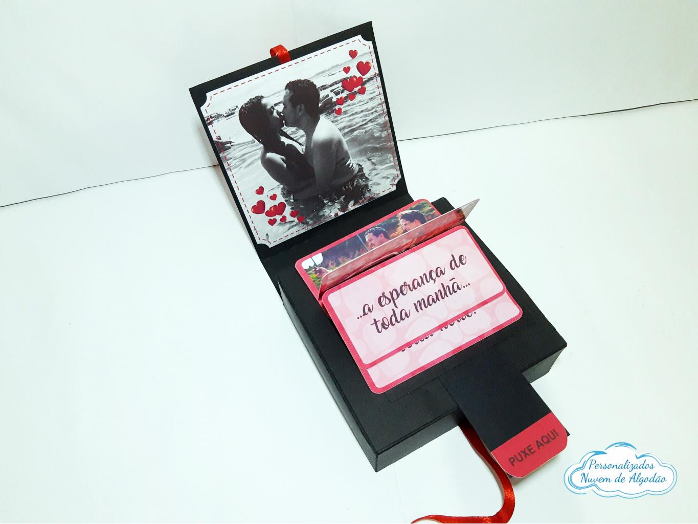 Nuvem de algodão personalizados - Caixa cascata com fotos para 9 docinhos dia dos namorados