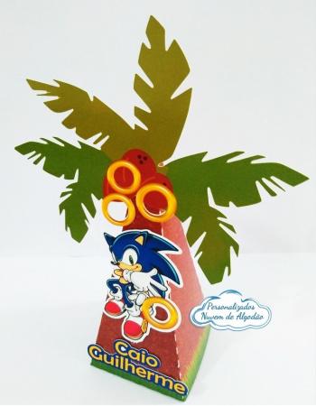 Caixa pirâmide coqueiro Sonic-Caixa pirâmide coqueiro Sonic azemos em qualquer tema. Envie nome e idade para personalização.
