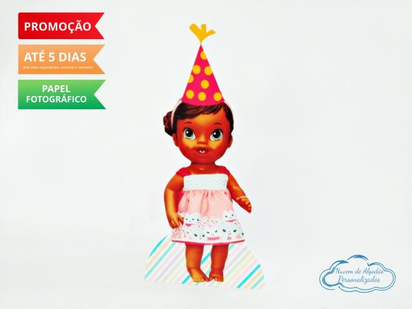 Display de mesa Baby Alive 27cm - Boneca morena-Display de mesa Baby Alive 27cm - Boneca morena Largura varia de acordo com a imagem.  - Possui p