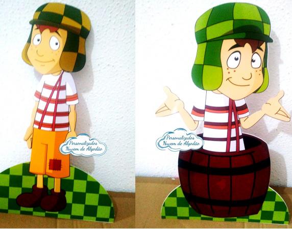 Display de mesa Chaves 27cm-Display de mesa Chaves 27cm  Largura varia de acordo com a imagem.  - Possui pé de apoio. - Pap