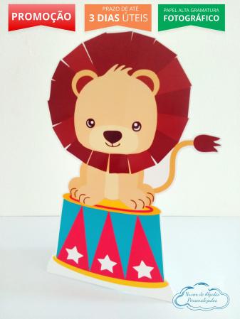 Display de mesa Circo 27cm - leão-Display de mesa Circo 27cm - leão  Largura varia de acordo com a imagem.  - Possui pé de apoio.