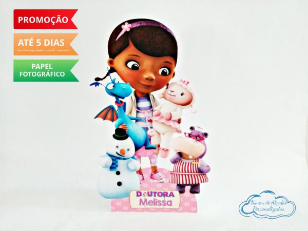 Display de mesa Dra. Brinquedos 27cm - Brinquedos-Display de mesa Dra. Brinquedos 27cm - Brinquedos Largura varia de acordo com a imagem.  - Possui