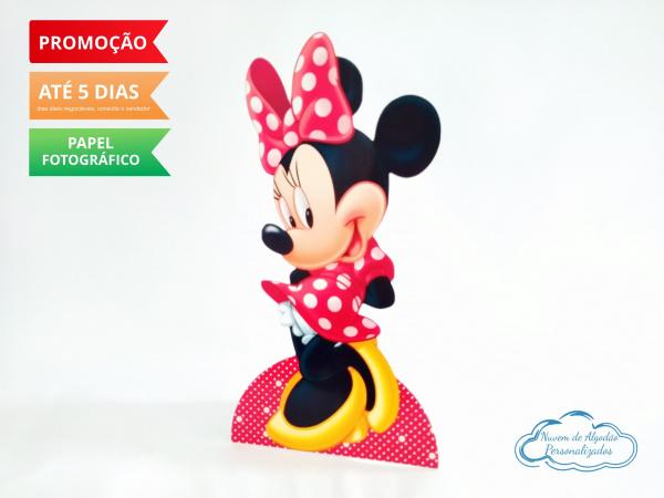 Display de mesa Minnie Vermelha 27cm-Display de mesa Minnie Vermelha até 27cm  Largura varia de acordo com a imagem.  - Possui pé de