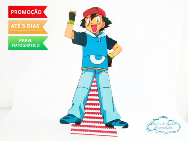 Display de mesa Pokemon 27cm - Ash-Display de mesa Pokemon até 27cm - Ash Largura varia de acordo com a imagem.  - Possui pé de ap
