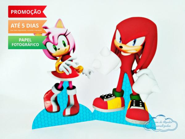 Display de mesa SONIC 19cm - Amy e Knuckels-Display de mesa Sonic - Amy e Knuckels até 19cm Largura varia de acordo com a imagem.  - Possui
