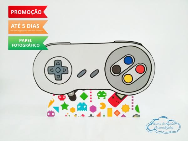 Display de mesa Video Game 27cm - Controle-Display de mesa Video Game até 27cm - Controle Largura varia de acordo com a imagem.  - Possui p