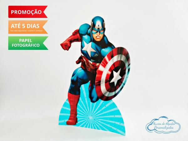 Display de mesa Vingadores 27cm - Capitão America-Display de mesa Vingadores até 27cm - Capitão America Largura varia de acordo com a imagem.  -