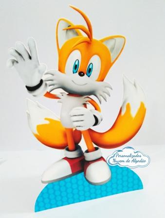 Display de mesa SONIC 27cm - Tails-Display de mesa Sonic - Tails até 27cm Largura varia de acordo com a imagem.  - Possui pé de ap