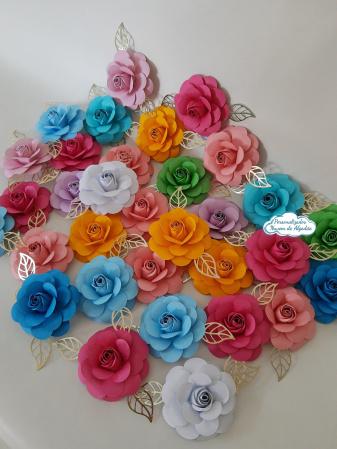 Flor de papel para topo de bolo - Cores-Flor de papel para topo de bolo - Cores  Fazemos em qualquer cor.  Na hora do seu pedido informe