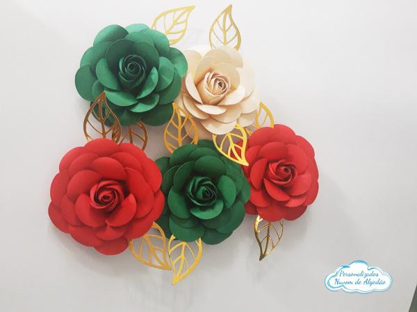 Flor de papel para topo de bolo - Natal-Flor de papel para topo de bolo - Natal  Fazemos em qualquer cor.  Na hora do seu pedido informe