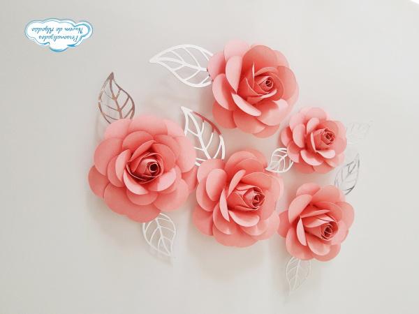 Flor de papel para topo de bolo - Rosa claro-Flor de papel para topo de bolo - Rosa claro  Fazemos em qualquer cor.  Na hora do seu pedido in