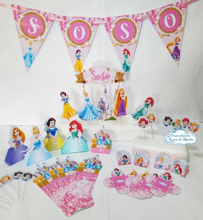 Kit só um bolinho Princesas - Tamanho P-Kit só um bolinho - Tamanho P - Princesas  - 1 topo de bolo - 1 bandeirola de até 4 letras  -
