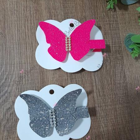 Prendedor de cabelo borboleta-Hair clips borboleta em lonita no bico de pato.  Também pode ser aplicado na tiara,  ou faixinha d