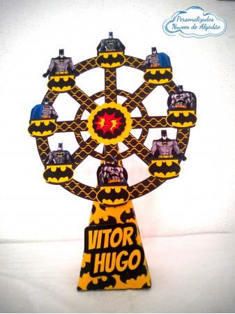 Roda gigante Batman-Roda gigante Batman Fazemos em qualquer tema. Envie nome e idade para personalização.  - O val