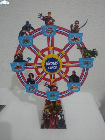 Roda gigante Vingadores-Roda gigante Vingadores Fazemos em qualquer tema. Envie nome e idade para personalização.  - O