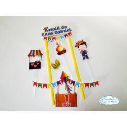 Topo de bolo Festa junina - menino