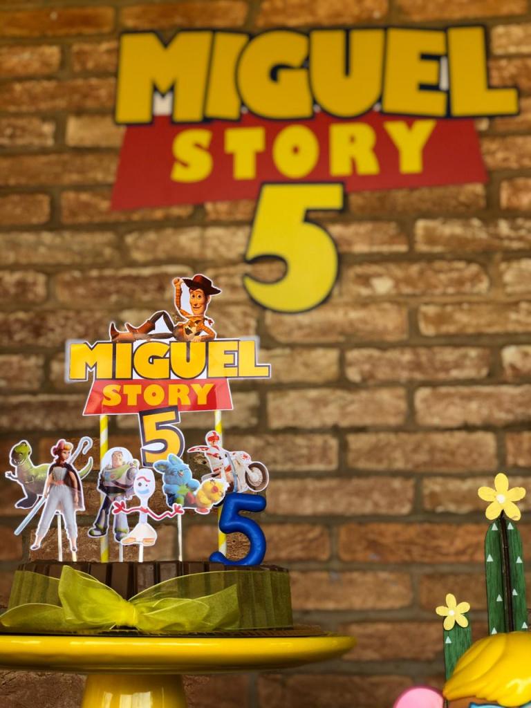 Nuvem de algodão personalizados - Topo de bolo Toy Story 4