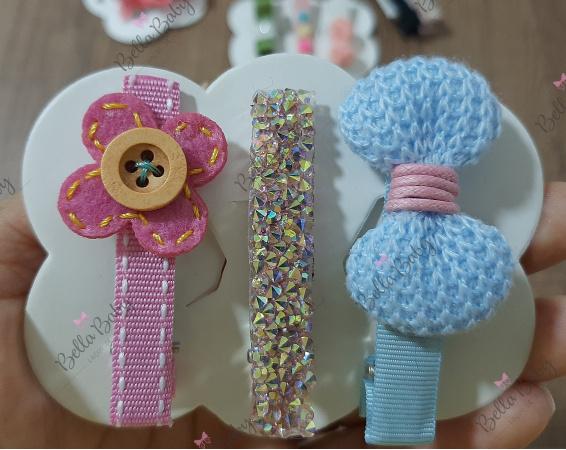 Trio hair clips rosa e azul bebê-Por se tratar de um produto artesanal,  pode ocorrer de não termos disponível essa cor do anúncio